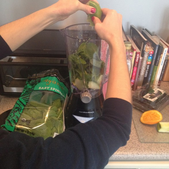 New Years Day green detox smoothie shooters