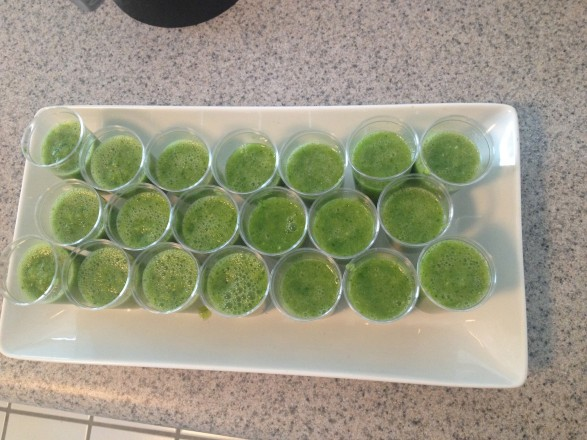 New Years Day green detox smoothie shooter recipe - spinach, apple, ginger, lime