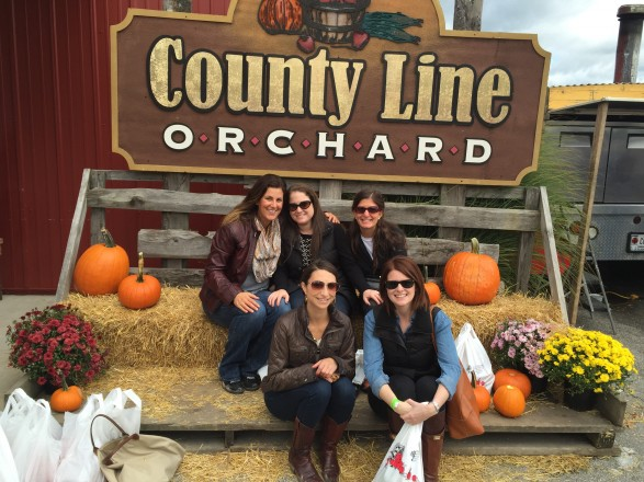 County Line Orchard apple picking near Chicago at County Line Orchard